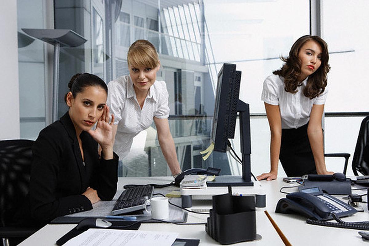 Смешные картинки девушек в офисе