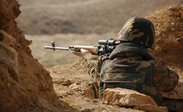Министр обороны Армении: Мы недовольны реакцией на нарушения Азербайджаном режима перемирия