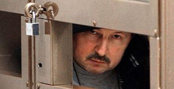 Криминальному авторитету Кумарину (Барсукову) повезло меньше, чем Геннадию Петрову