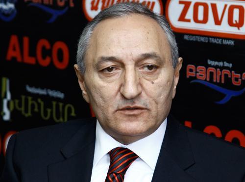 Экономист: Программа нынешнего премьер-министра Армении существенно отличается от предыдущих